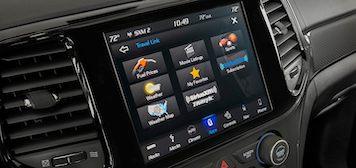 2021 Jeep Grand Cherokee touchscreen